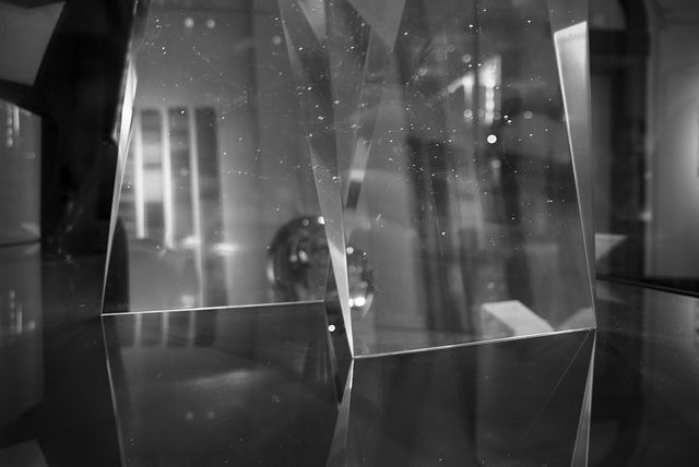 #glass #sculpture collecting light #reflections, exhibition in #london