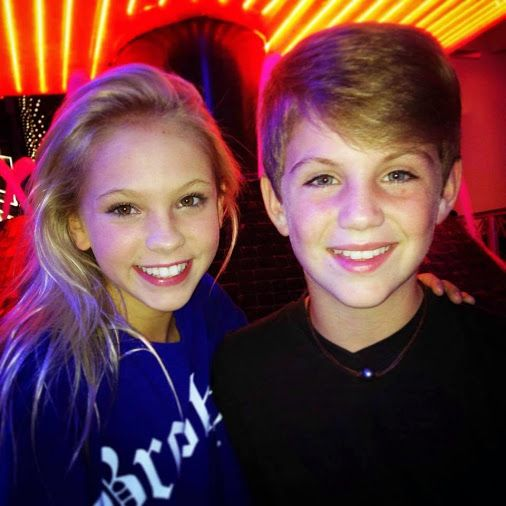 is mattyb dating anyone Mattyb is a 9 year old singer  well, what i have heard is that he is dating some girl named kerryi will not say her last name because i don't want anyone trying.