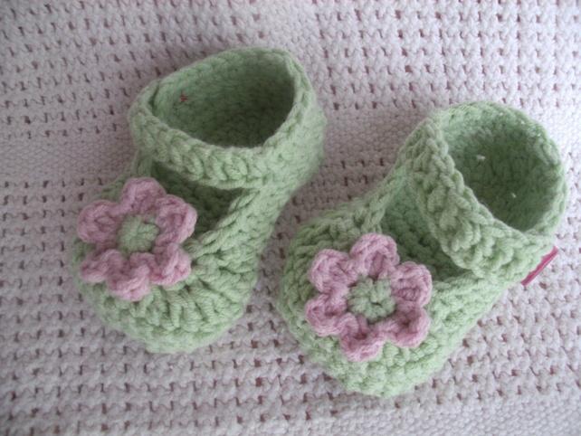 crochet baby summer shoe £6.50 new born