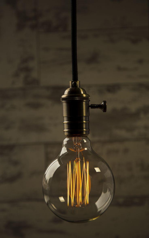 William & Watson - Large Globe - Vintage Bulb