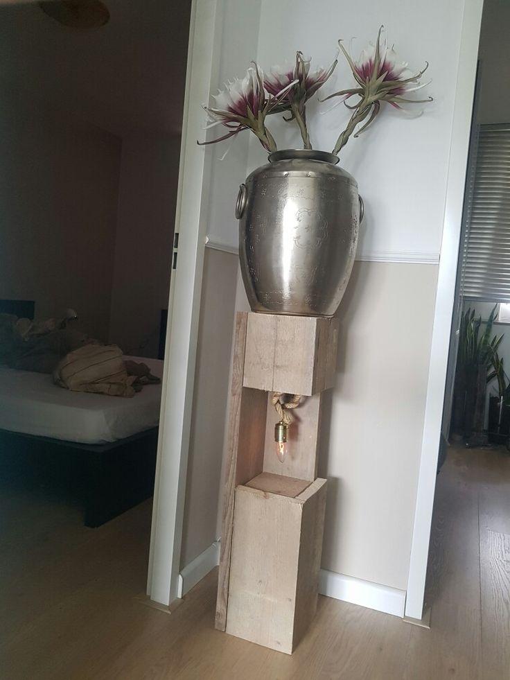 Zuil met lamp
