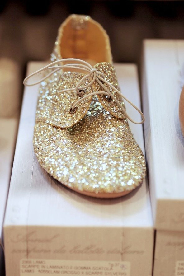 The Wolf Cub  Luna : thewolfcub.com - Golden glitter, be still my heart. #kids #accessories #shoes