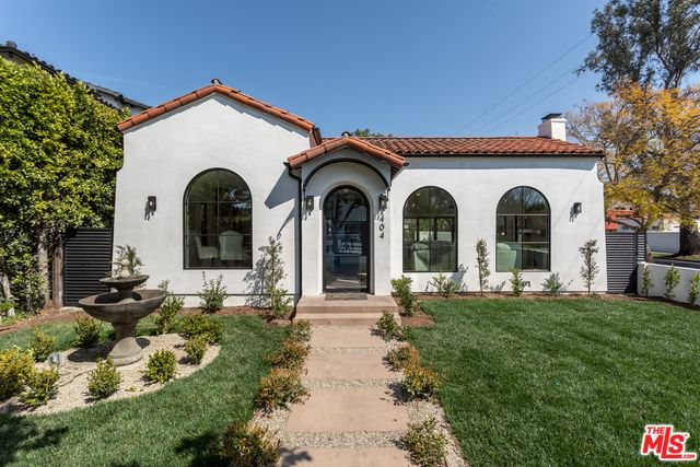 404 N Kilkea Dr Los Angeles Ca 90048 Mls 19 517136 Redfin In 2020 Spanish Style Homes Spanish House Spanish Bungalow