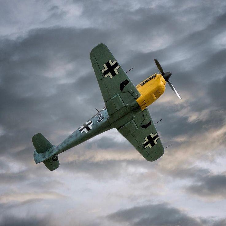 Bf109 Buchon. #bf109 #buchon #duxfordairshow #ww2plane #warbirds #avgeek #aviationphotography #aircraftsphotos #excellentaviation #instaplane #instaaviation #planeporn #planesofinstagram #planespotting
