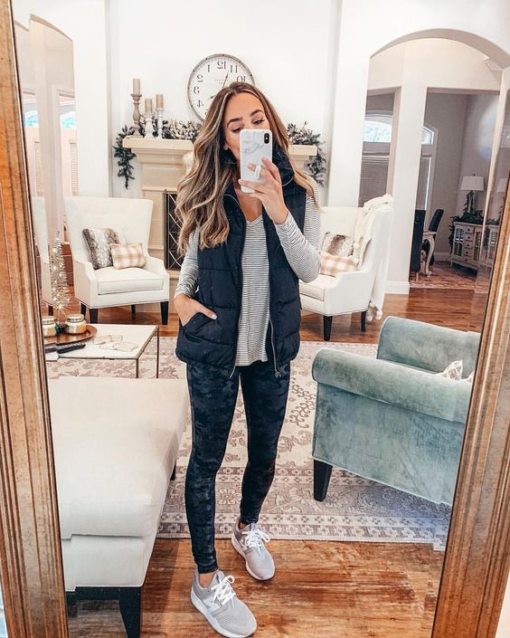 c157947494271 Favorite Looks for Spring 2019 – ajetsetjournal Spanx Faux Leather Leggings,  Leather Leggings Outfit,