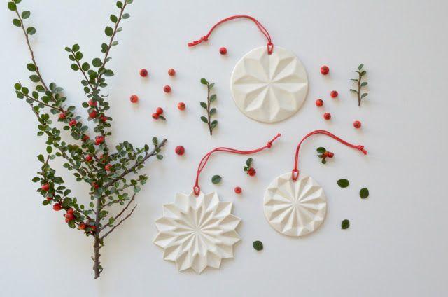 ❍ Porcelain decorations for the festive season by Otchipotchi . November 2015