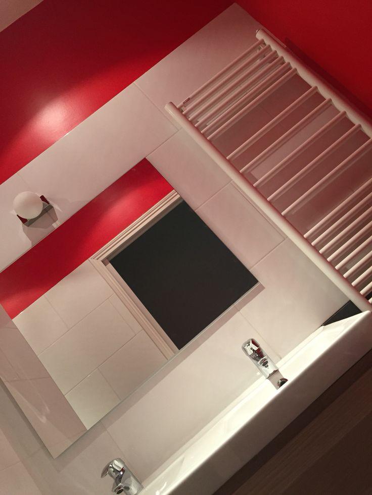 Une salle de douche pour jeune fille