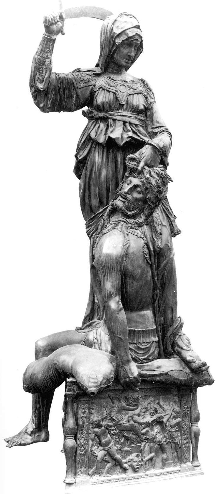 Judith and Holofernes. Donatello, 1460. Bronze. 236 cm height. Palazzo Vecchio. Florence.