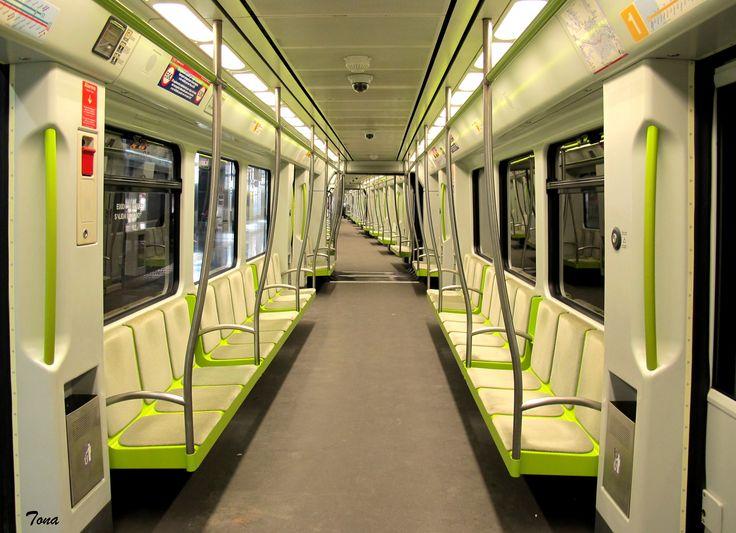 Metro de Valencia por Tona Zamorano
