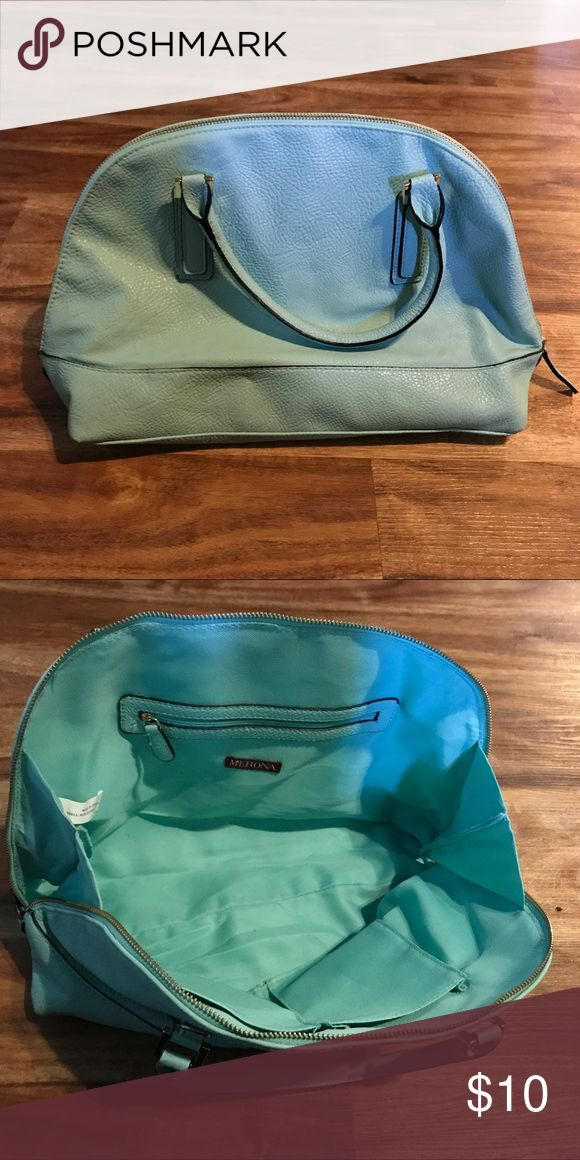 Mint green purse from Target In good used condition. When unzipped has a wide opening so it's easy to find what you are looking for 😉 minor unstitching at one handle. Price reflects imperfections. Merona Bags