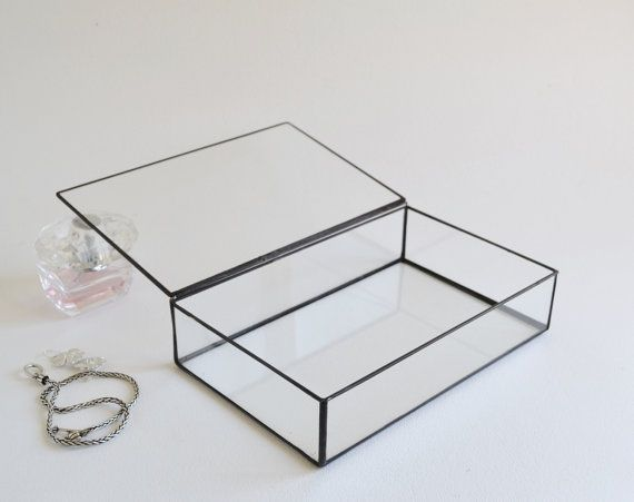 The 25 best Glass display box ideas on Pinterest Marble