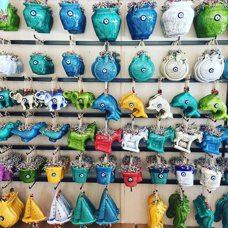Duvar Süsleri #duvarsüsleri #seramik #ceramics #nazarboncukluduvarsusu #amulet #beatiful #saksı #frieze #souvenir #hediyelikeşya #siparisalinir #sipariş #turkey #turkinstagram #çini #tile #lale #sır #handmade #handpainted by ertugrul_cini