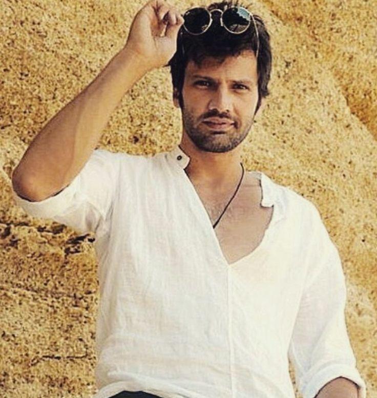 итальянец как каан урганджиоглу фото турецкий актер личная жизнь манящий, подчёркивающий цвет