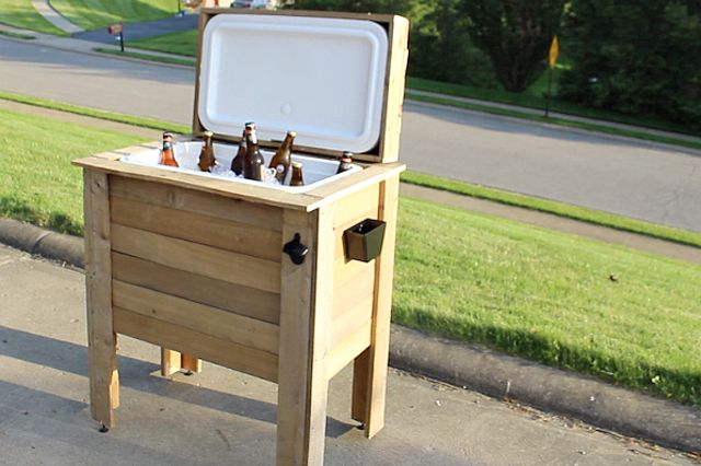 Use Wooden Pallets for Easy and Frugal Building Projects