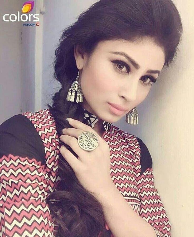 """ #shivanya #shesha #mouniroy #naagin #arjunbijlani #colourstv #indian…"
