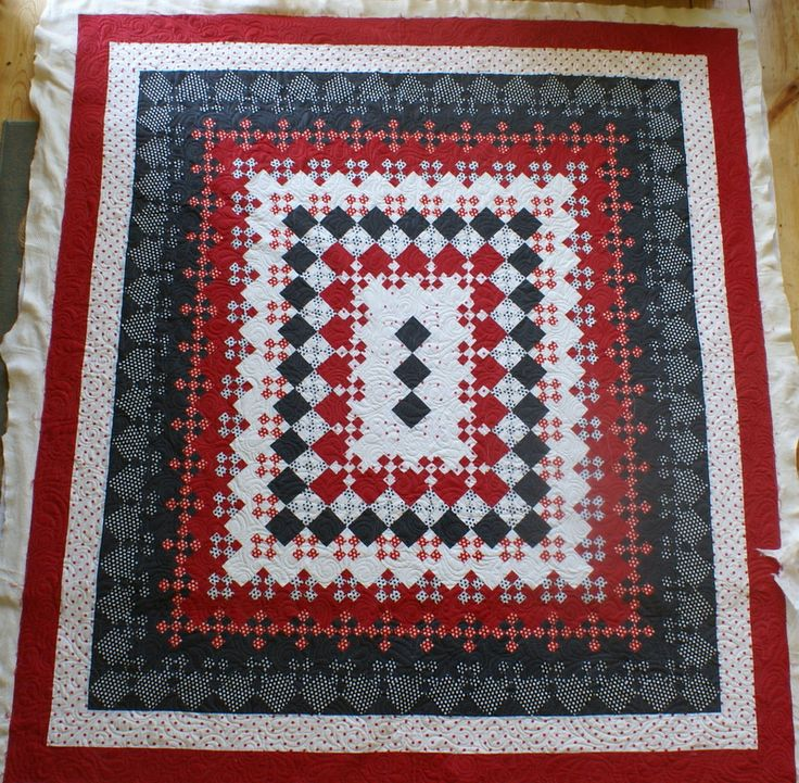 95 best Black, gray, & red quilts images on Pinterest | Quilt block ...