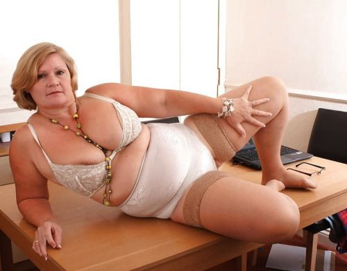 55 year old gilf webcamwho is she - 1 part 10
