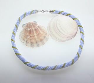Első gyöngyhorgolt láncom / bead crochet necklace