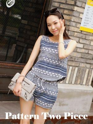 Korea feminine clothing Store [SOIR] Dreaming-piece / Color : Navy,Black / Price : 24.94 USD #korea #fashion #style #fashionshop #soir #feminine #romantic #honeymoon #sleepwear #dailyitem