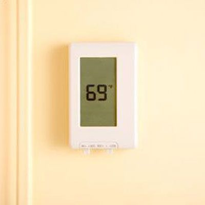 Cut down on utility bills this summer with these smart tips