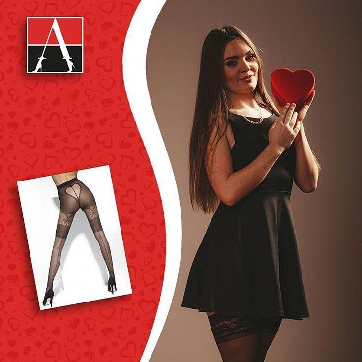 Już jutro Walentynki! Co szykujecie dla drugiej połówki? Może romantyczną kolacja, w romantycznych stylizacjach?   #adrian #adrianinspiruje #rajstopy #tights #inspiracje #walentynki #2017 #valentines #romantic #celebrate #fashion #moda #trendy
