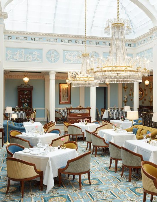 The Lanesborough London hotel.  If you're looking for a luxury hotel stay in London, this hotel looks GORGEOUS