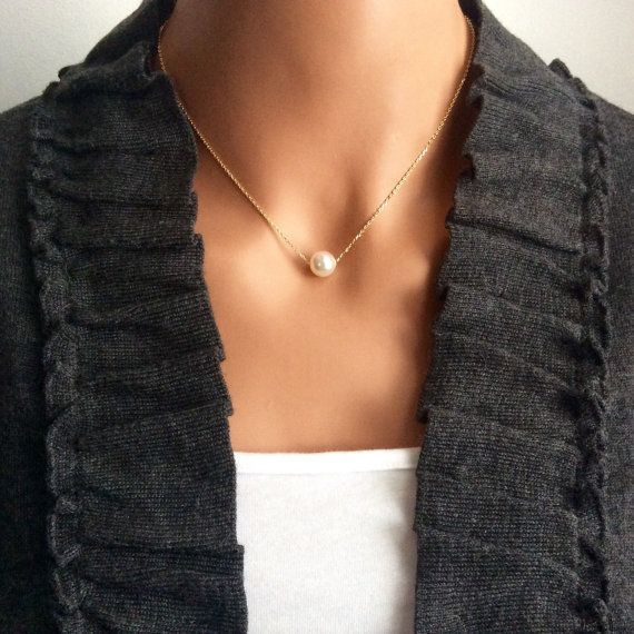 everday necklace  girlfriend  pearl necklace  gold by casamoda
