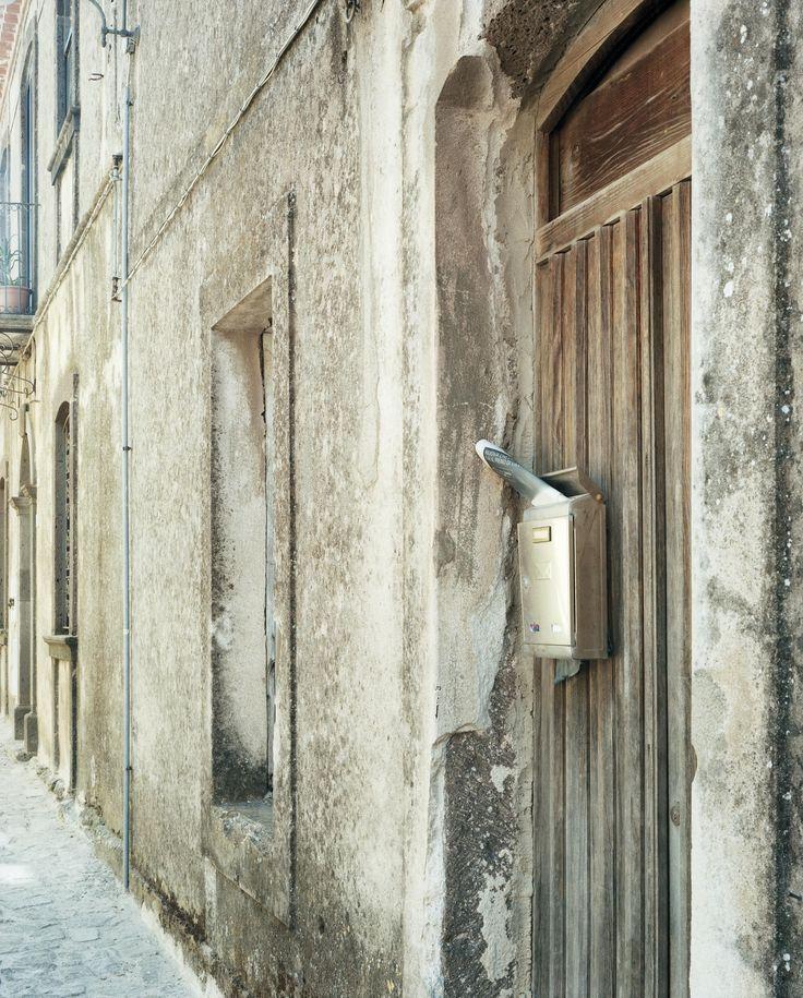 Guido Guidi, Seneghe via Pippia, Sardegna 11-05-11