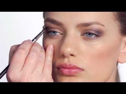 Get the Look:  Fall's Dramatic Eye, Perfected by Victoria's Secret