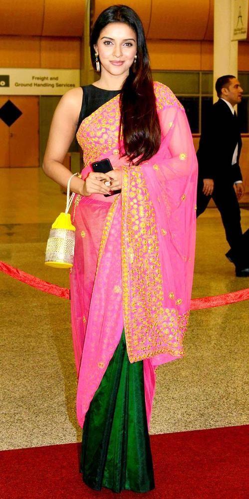 Asin in Designer Pink Saree at SIIMA Awards