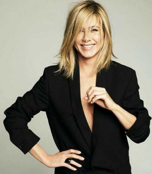 15 Spectacular Jennifer Aniston Long Bob Pictures: #4. Jennifer Aniston Long Bob