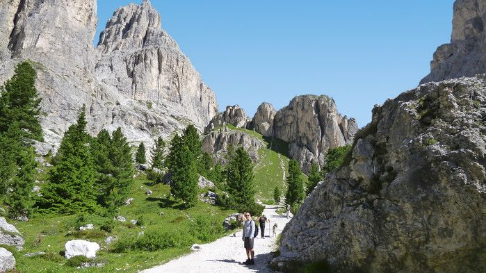 Vandringsresor - Vandring i Dolomiterna. Marcialonga och Fassadalen - Temamatkat