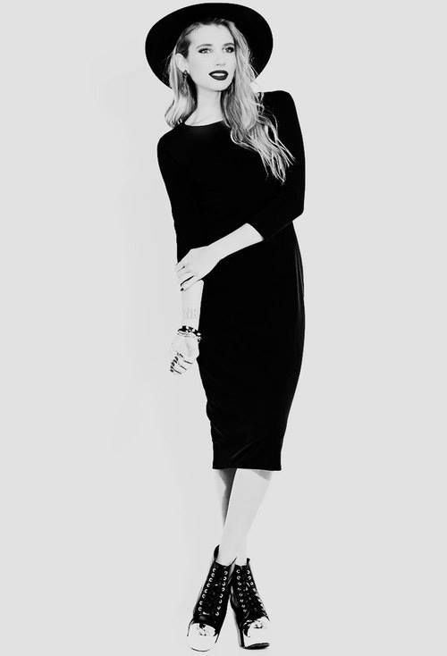 #outfit #black #dress Emma Roberts as Madison Montgomery, American Horror Story: Coven.
