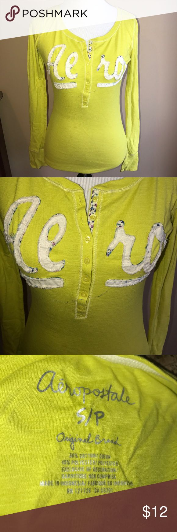 EUC! Aeropostale Long Sleeve T-shirt lime Sz S Excellent used condition! Aeropostale Long sleeve T-shirt in lime green. Comes from a smoke free and pet free home 🏡 Aeropostale Tops Tees - Long Sleeve