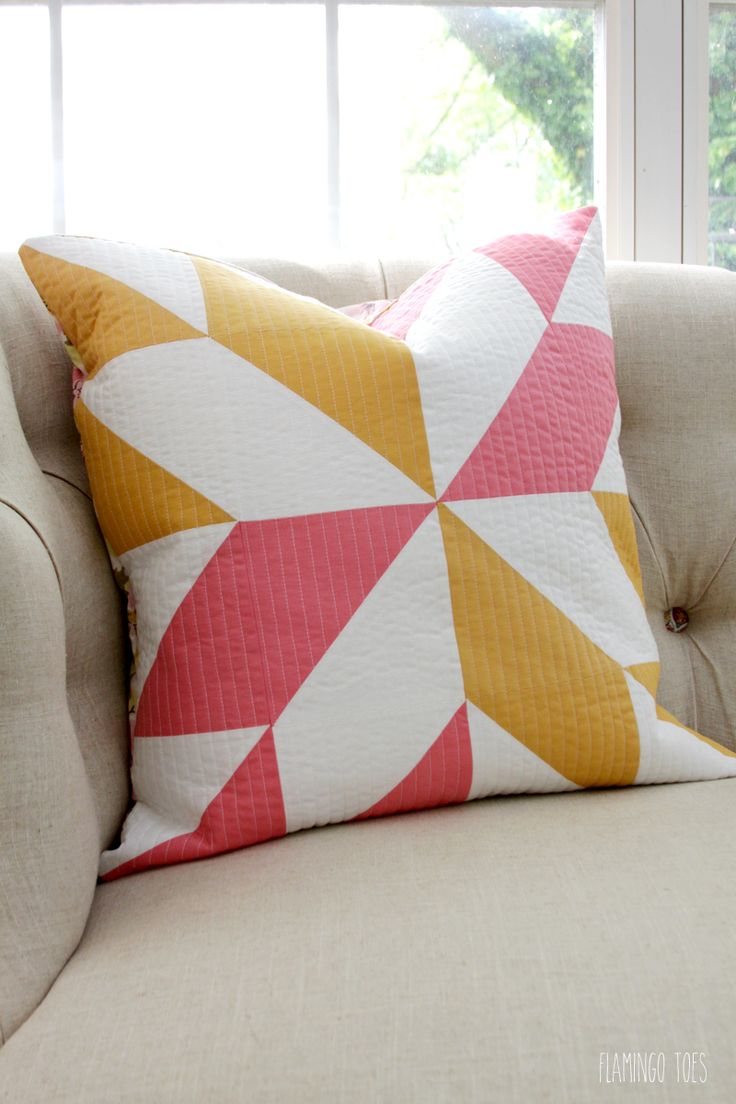 Pretty Half Square Triangle Pillow - & 25+ unique Quilted pillow ideas on Pinterest | Quilt pillow Quilt ... pillowsntoast.com