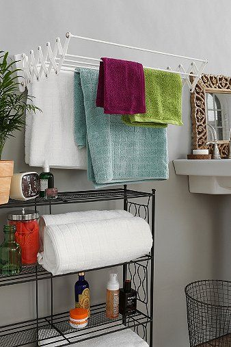 Accordion Drying Rack: Small Apartments, Apartment Bathroom Decorating, Small Laundry Rooms, Hanging Towels, Idea, Small Apartment Bathrooms, Accordion Dry, Bathrooms Decor, Small Spaces Living