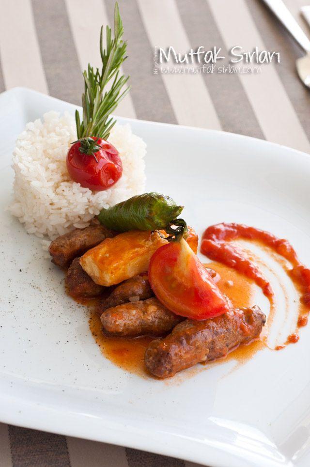 İzmir Köfte nasıl yapılır ? Tarifin püf noktaları, binlerce yemek tarifi ve daha fazlası...