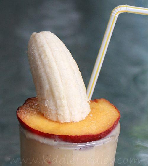 Peach banana smoothie with yoghurt