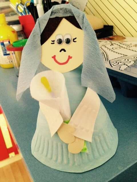 Ο Ευαγγελισμος της Θεοτόκου από χάρτινα πιατάκια