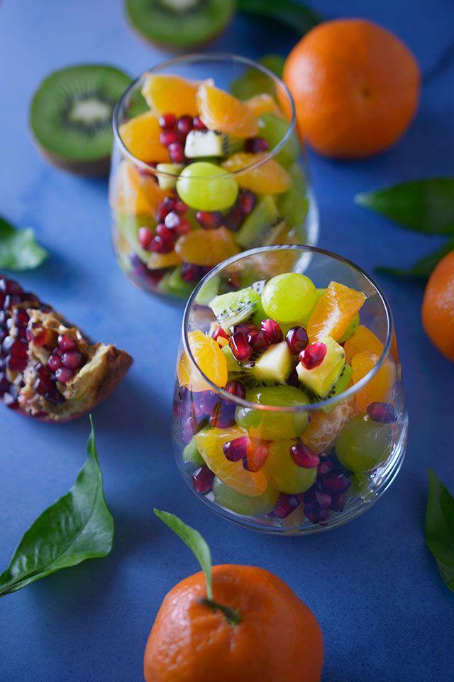 Przysięgam, że ta sałatka owocowa będzie hitem Waszych karnawałowych imprez! Podana nietypowo, bo w szkle, będzie