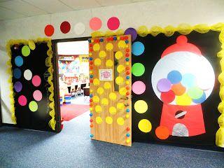 1000 images about decorating classroom door on pinterest for Idea door primary