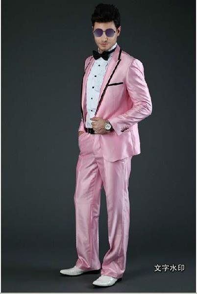 Розовая под чёрный костюм свадебный