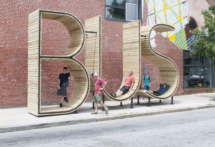 BUS Stop é uma obra de arte pública permanente que funcionará como um ponto de ônibus, formada por três grandes escul...
