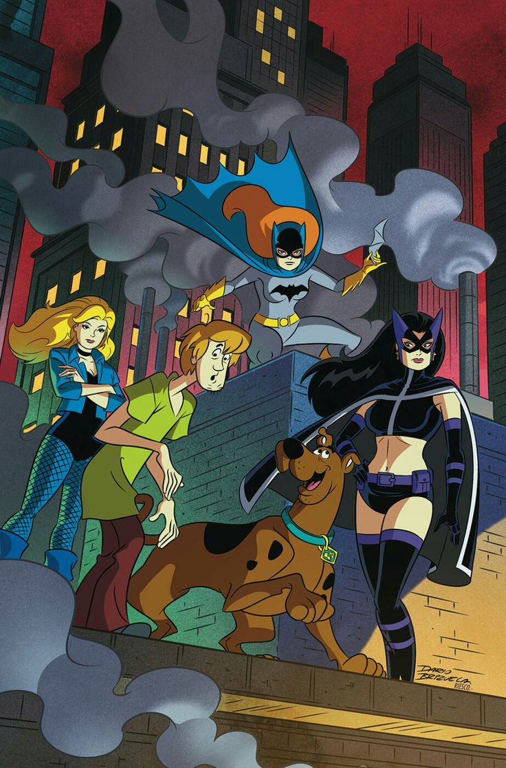Black canary, Huntress, Batgirl and the Scooby Gang