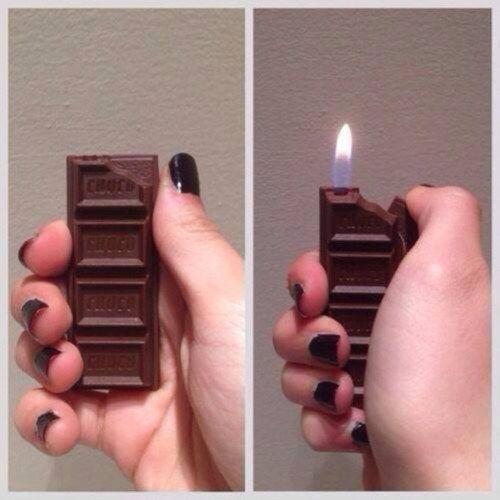 Esta barra de chocolate que en realidad es un encendedor.   17 Productos que son secretamente geniales