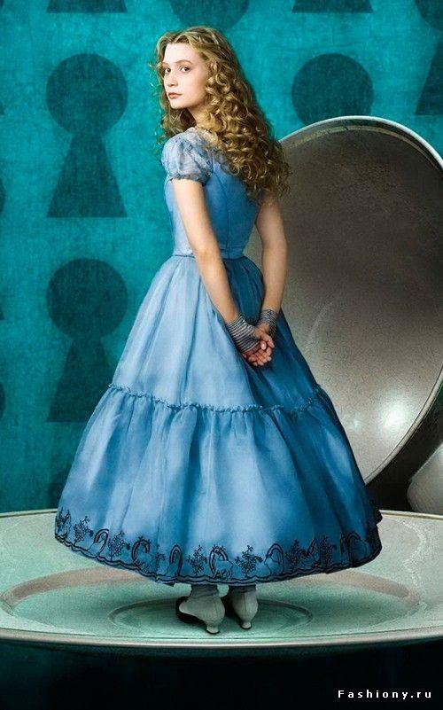Костюмы героев 'Алисы в Стране Чудес' Тима Бертона / алиса в стране чудес платье