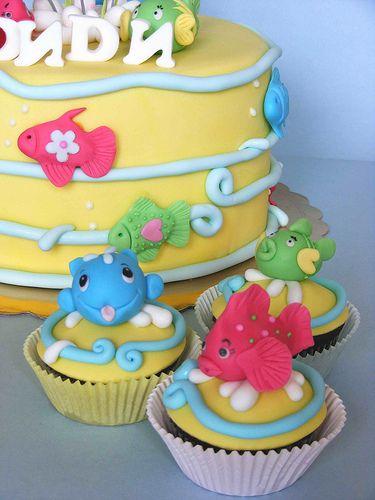 Fish cupcakes | Happy 1sy Bday, Didi!!! Историята на bubolin… | Flickr