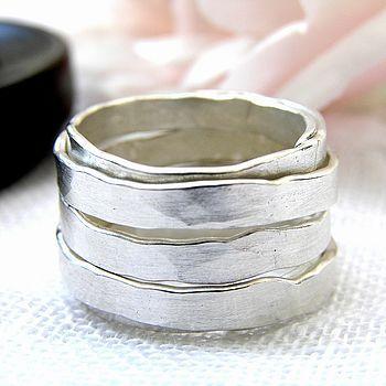 Beautiful silver ring...