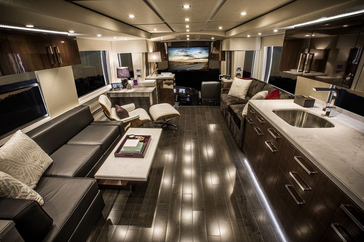 8 of most luxurious motorhomes in the world for Best motor coach reviews