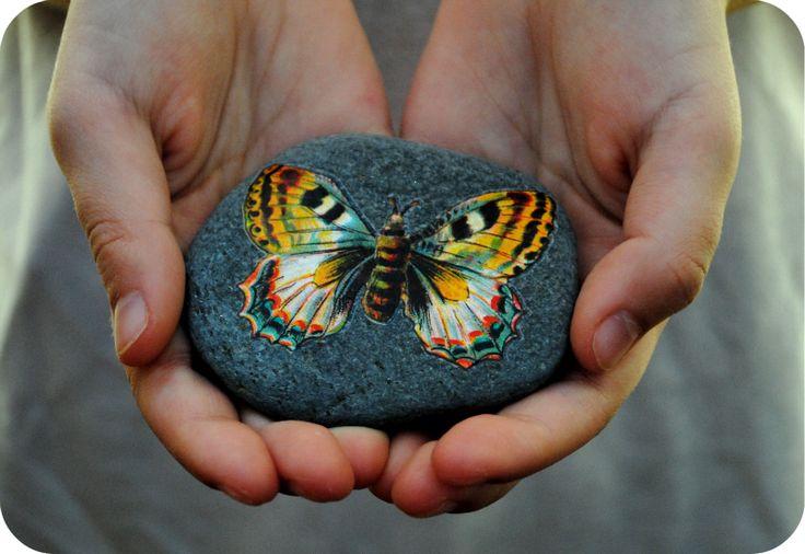 #painted rocks,